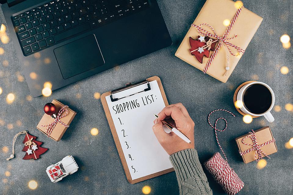 shopping list, laptop, presents, decor, credit union